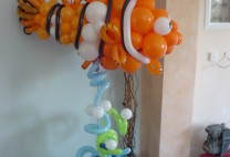 Nemo με μπαλόνια σε στήλη